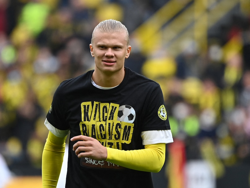 """Borussia Dortmund Star Erling Haaland Out For """"Several Weeks"""" With Hip Injury"""