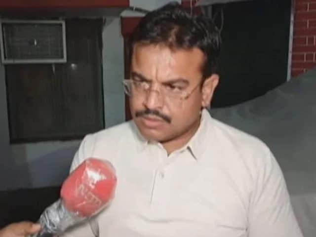 Videos : लखीमपुर खीरी कांड का आरोपी अरेस्ट,पुलिस को किन सवालों के नहीं मिले जवाब?