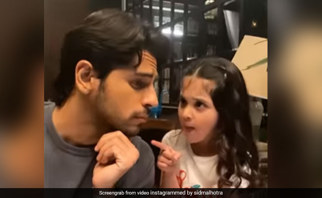Trending: What Happened When Sidharth Malhotra Met 'Little Kiara'