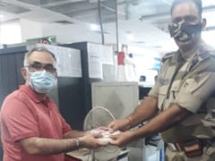 Man Lost Bag With Rs 1 Lakh At Delhi Metro, Here's How He Got It Back