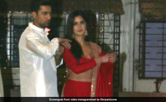 """""""Will Get Engaged Soon Enough"""": Vicky On Rumours About Roka With Katrina"""