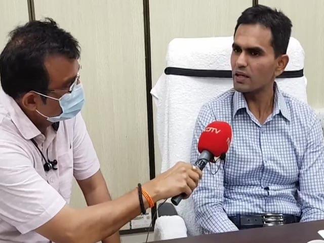 "Video : ""Didn't Visit Dubai"": Anti-Drugs Officer Refutes NCP's Nawab Malik's Charges"