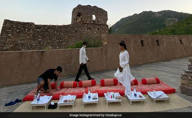 Rhea Kapoor And Karan Boolani Had High-Tea At This Haunted Fort In Rajasthan. Spooky, No?