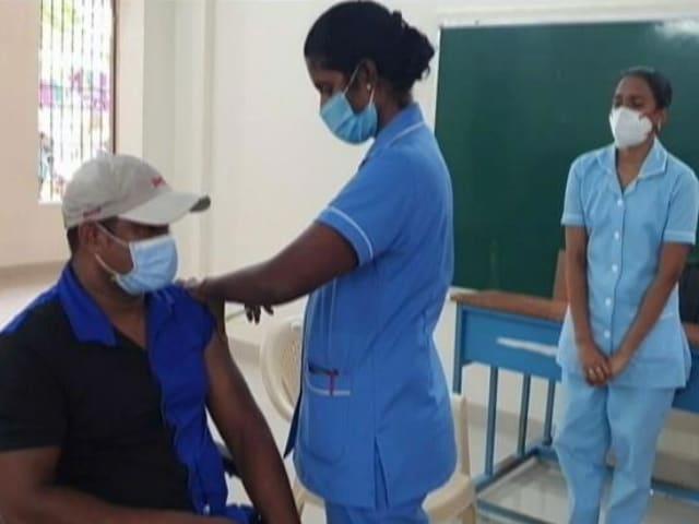 "Video : India Hits ""Historic"" 1 Billion Vaccinations Milestone"