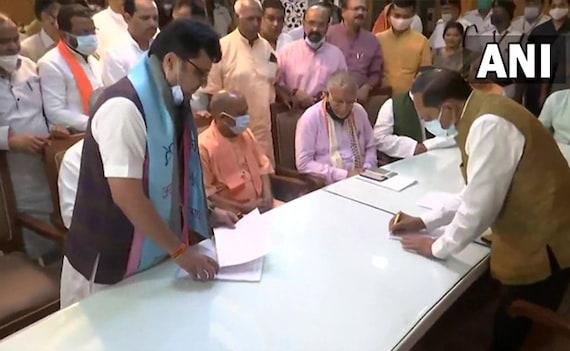 BJP में आए सपा विधायक को योगी बनाएंगे डिप्टी स्पीकर, 6 घंटे के लिए कल UP विधानसभा सत्र
