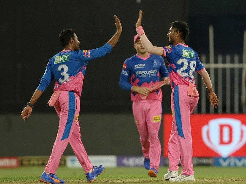 IPL 2021: खिताब जीतने के बाद सीएसके पर पैसा बरसा छप्पर फाड़ के, इस खिलाड़ी ने जीती सबसे ज्यादा इनामी रकम
