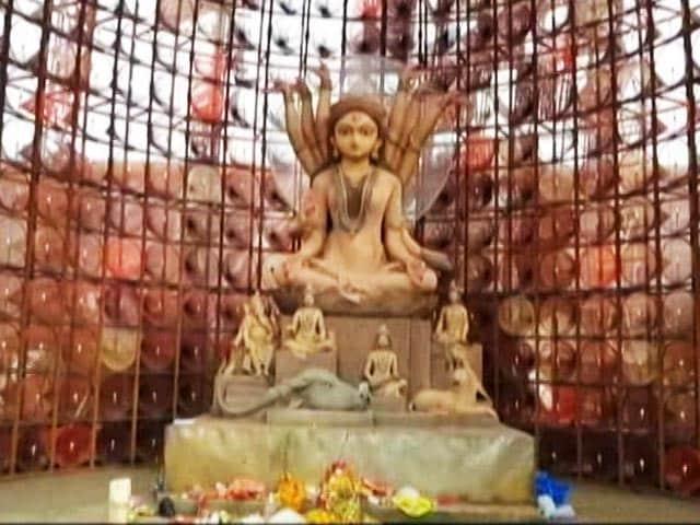 Video : Creativity At Display In Bengal Durga Puja Pandals