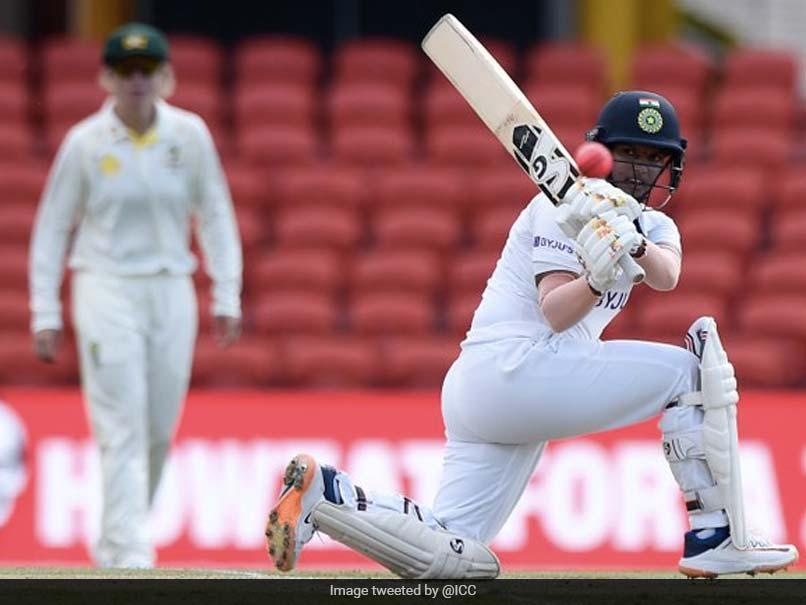 Australia Women vs India Women, Pink Ball Test, Day 3 Live Cricket Score: Deepti Sharma Hits Fifty, India Go Past 350