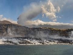 Spain's Canaries Volcano Lava Bigger Than 25 Football Pitches; Raises Concerns