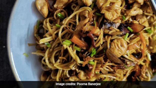 Tips And Tricks To Make The Perfect Hakka Noodles Every Single Time