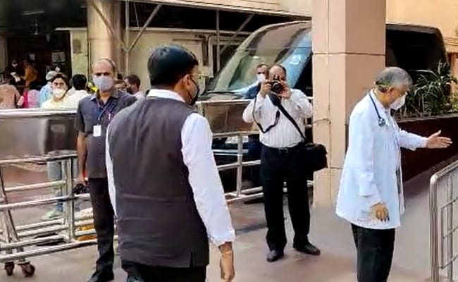 Health Minister Visits AIIMS To Enquire About Health Of Manmohan Singh