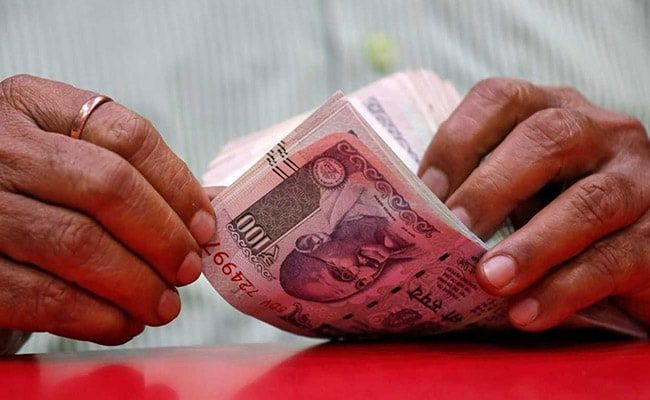 Rupee Advances By 26 Paise To 70.86 Against Dollar