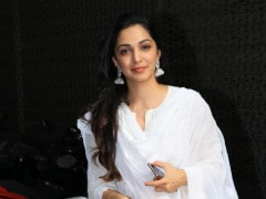 Kiara Advani Reminds Us That White <i>Desi</i> Suits Are Irreplaceable