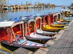 Now, Uber-Like App For Booking Shikara Rides In Srinagar's Dal Lake