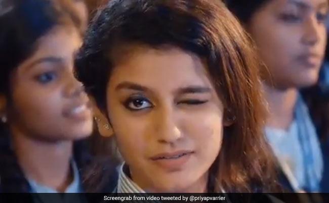 Priya Prakash Varrier: प्रिया के खिलाफ FIR को सुप्रीम कोर्ट ने किया रद्द, इस Video ने मचाई थी सनसनी
