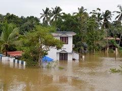बाढ़ की मार झेल रहे केरल की मदद को आगे आए कई मुख्यमंत्री, इन राज्यों ने किया मदद का ऐलान