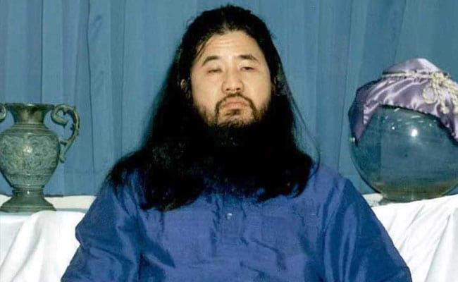 Japanese authorities execute 6 cult members