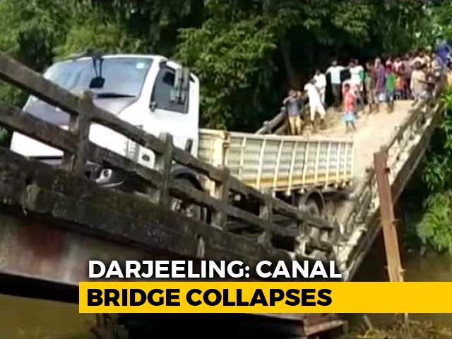 Video : Bridge Collapses In West Bengal, 3 Days After Majerhat Incident