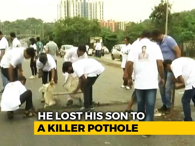 Video : After Mumbai Man's Son Died Because Of A Pothole, He Filled 500 Of Them