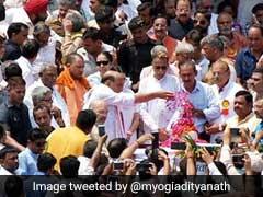 पूर्व प्रधानमंत्री अटल बिहारी वाजपेयी की अस्थियां संगम में विसर्जित