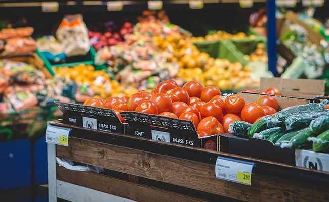 UK Heatwave To Hit Supplies, May Worsen Brexit Disruption: Food Lobby