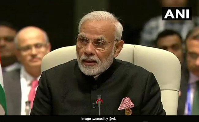 पीएम मोदी ने 'महागठबंधन' पर साधा निशाना, कहा- नहीं है किसी में अकेले चुनाव लड़ने की हिम्मत