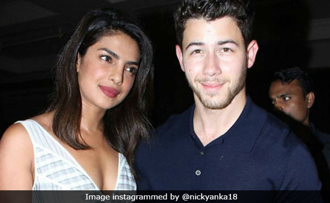 Priyanka Chopra Is Nick Jonas' Personal Paparazzo On Mexico Vacation (Pic Inside)