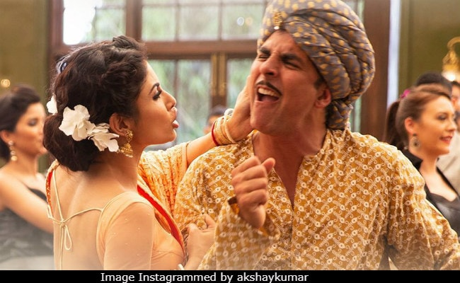 Gold Song Chad Gayi Hai: Akshay Kumar Shows What Happens When Drinks Are On The House