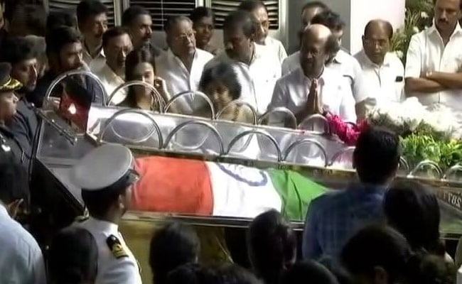 Rajinikanth, E Palaniswami Pay Last Respects To Karunanidhi In Chennai