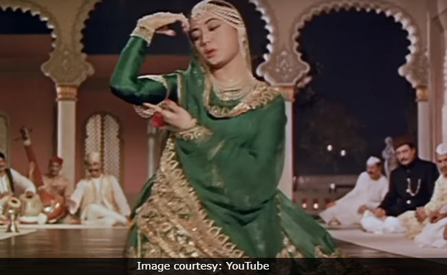 On Meena Kumari's 85th Birth Anniversary, Google And Fans Remember The 'Cinderella Of Indian Cinema'