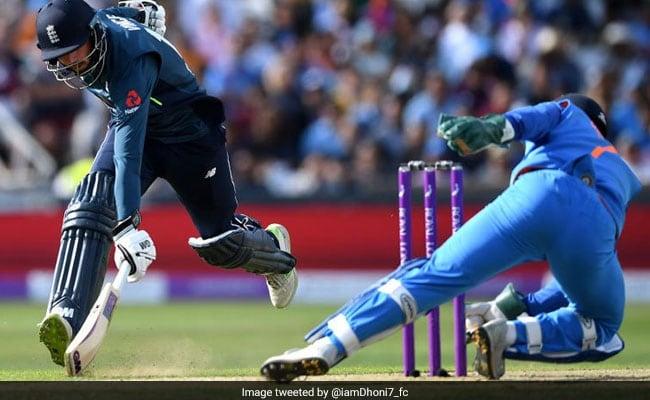 VIDEO: मैच हारे लेकिन हीरो बने MS Dhoni, बल्लेबाज को ऐसे चालाकी से बनाया शिकार
