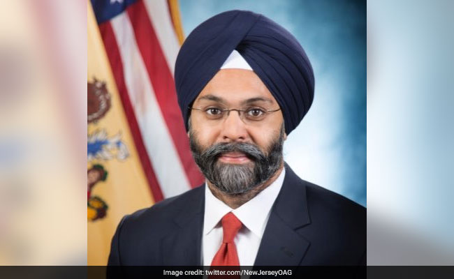 """New Jersey's Sikh Attorney Referred To As """"Turban Man"""" By Radio Hosts"""