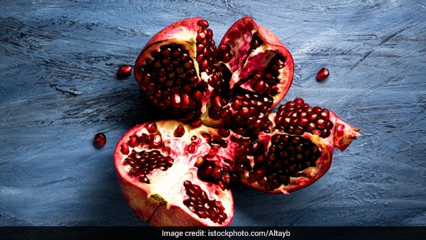 Pomegranates: Weight Loss And Other Reasons Why You Must Eat This Fruit Daily