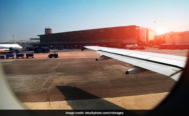 Expect Flight Delays As Delhi Airport Plans Runway Repair In November