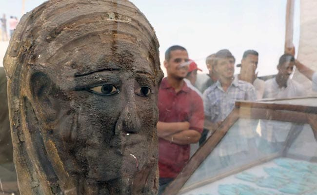 Egypt Uncovers 2000-Year-Old Mummy Burial Site Near Great Pyramids