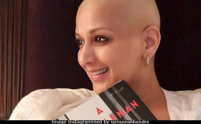 Sonali Bendre Battling Cancer Is Keeping Her Book Club Up And