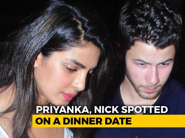 Watch! Priyanka Chopra & Nick Jonas Out On A Dinner Date