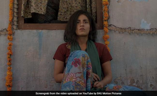Pataakha Trailer: सुनील ग्रोवर ने छेड़ दिया ऐसा युद्ध, देखकर आप भी सोचने पर हो जाएंगे मजबूर... देखें Video