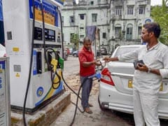 Maharashtra Government Cuts Petrol, Diesel Prices By Rs 2.50