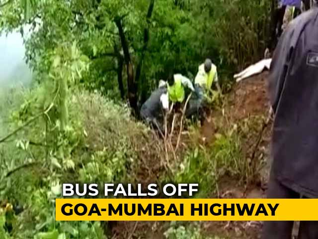 Video : 33 Headed For Picnic Die As Bus Falls In Gorge Off Mumbai-Goa Highway