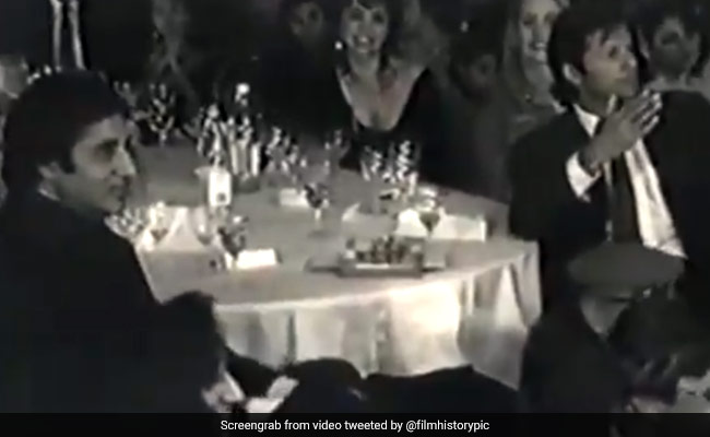 जब इमरान खान के सामने अमिताभ बच्चन ने लुटाए नोट, सूफी महफिल में इस अंदाज में दिखे दोनों सुपरस्टार..