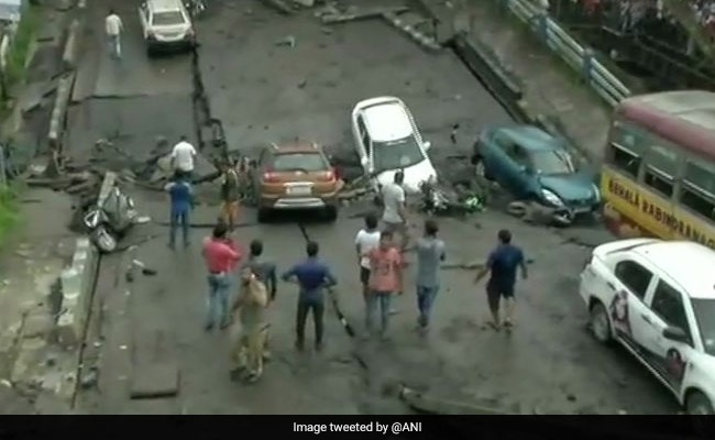1 Dead, 24 Injured In Majerhat Bridge Collapse, Traffic, Trains Hit: Highlights