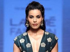 Lakme Fashion Week Day 4: Payal Singhal's Lakme Salon Showcase Was A Feast For The Eyes