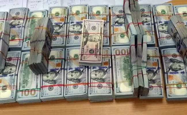 A Detailed Personal And Baggage Search Resulted In Recovery Of Foreign Currencies Including Us Dollars Riyals Equivalent To Rs 24 17 Lakh