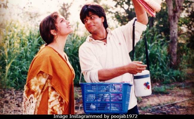 Shah Rukh Khan And Pooja Bhatt In Such A Cute Pic From 22 Years Ago. Bonus - Kuch Kuch Hota Hai Trivia