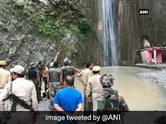 7 Killed, 25 Injured As Boulder Rolls Down Waterfall In Jammu And Kashmir