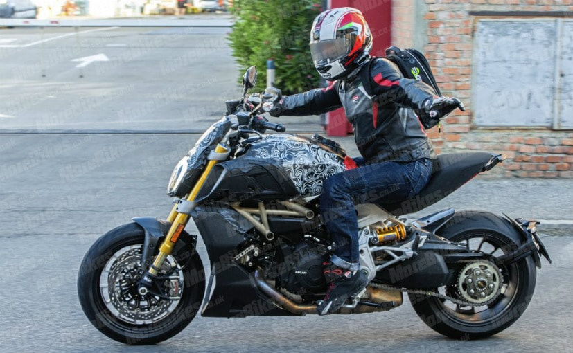 2019 Ducati Diavel Spotted Once Again Ndtv Carandbike