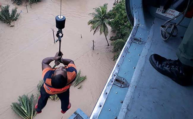 38 Helicopters, Hundreds Of Boats In Rescue Ops In Flood-Hit Kerala