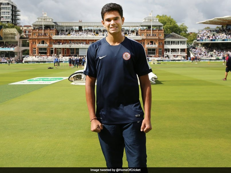 Arjun Tendulkar Lends Helping Hand To Lord's Ground Staff