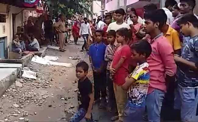 दिल्ली : पत्नी और दो बेटियों पर रॉड से किया हमला, एक बेटी की मौत